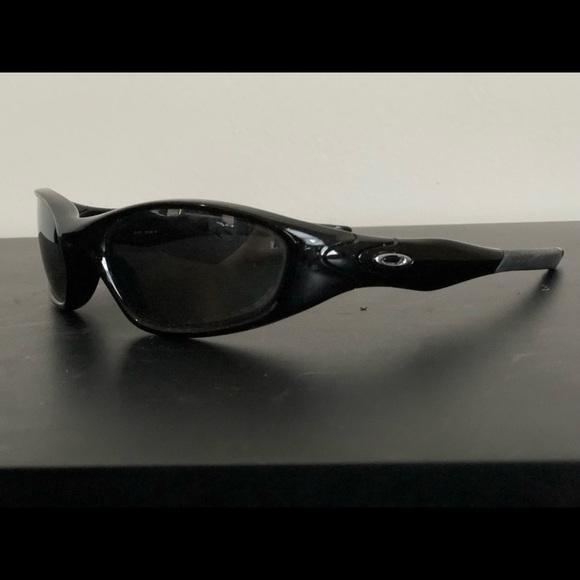 c9b59db551b Oakley Minute 2.0 Polarized Sunglasses. M 5bba5cc9d6dc526bf2144aa2